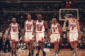 97-98赛季东决:荡气回肠的抢七大战,年迈乔丹带队击败步行者队